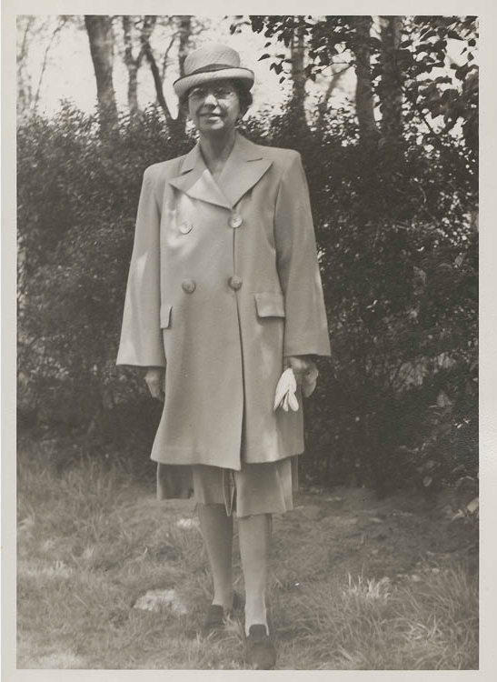 """Mildred Watkins The artist submitted this photograph with her biographical form, on which she listed her birth date as """"don't believe in birth dates."""""""