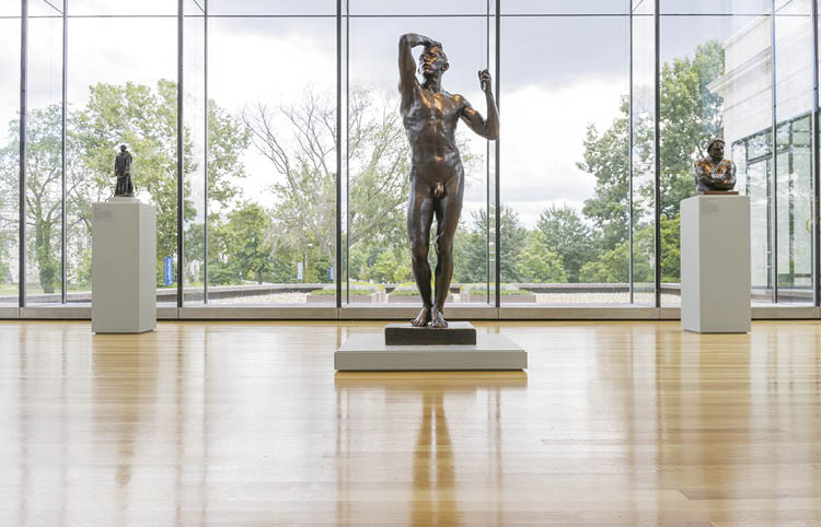 Natural Backdrop The initial installation of the east wing glass box in 2008 featured Rodin sculptures, including The Age of Bronze. The exhibition Rodin—100 Years again takes advantage of this beautiful view.