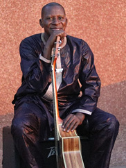 Image of Sidi Touré. Photo by Ismaël Diallo.