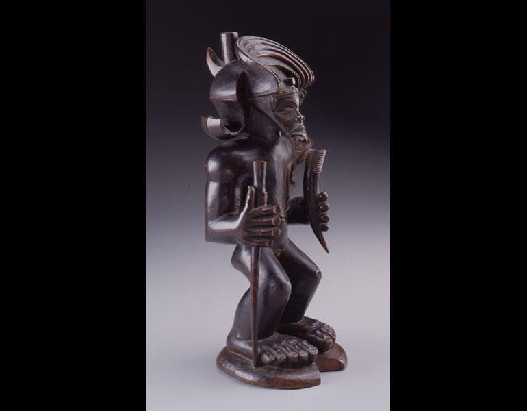 Figure said to represent the culture hero Chibinda Ilunga. Chokwe, Angola. Wood, hair; h. 40.6 cm. Kimbell Art Museum, Fort Worth (AP 1978.05). Photo: © 1999 Michael Bodycomb; Kimbell Art Museum, Fort Worth, Texas