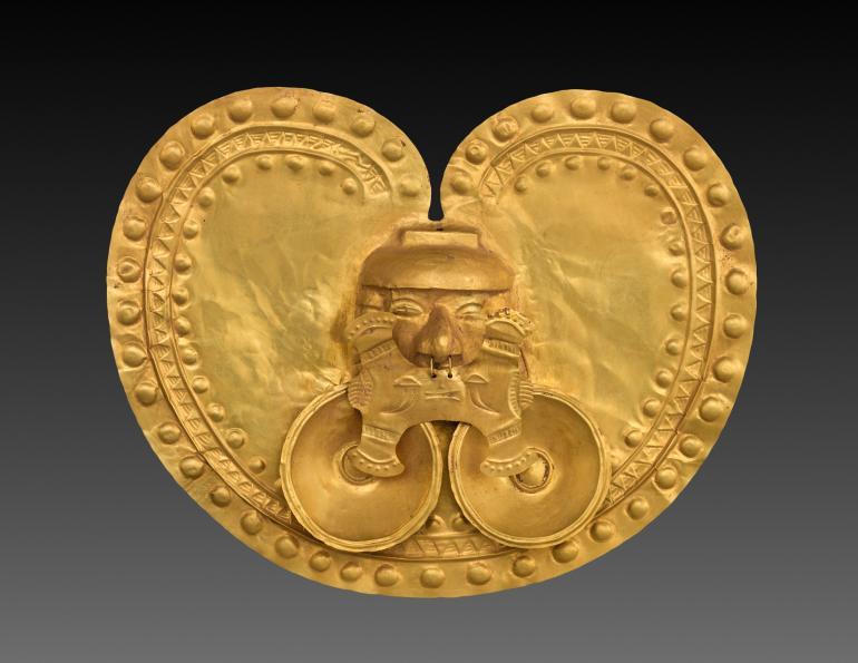 Pectoral (Chest Ornament), AD 1–800. Isthmian Region (Colombia), Calima region, Yotoco period. Gold, hammered; 22.7 x 28.5 x 2.9 cm. Severance and Greta Millikin Fund 2015.2.
