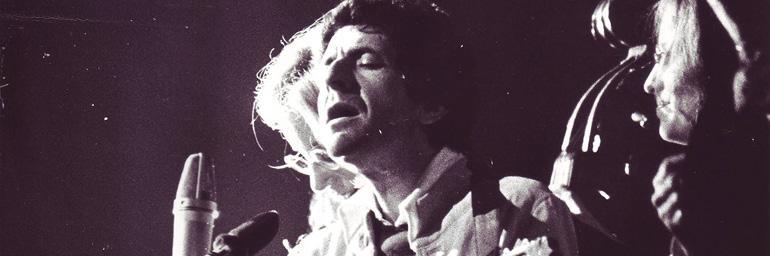 Leonard Cohen: Bird on a Wire