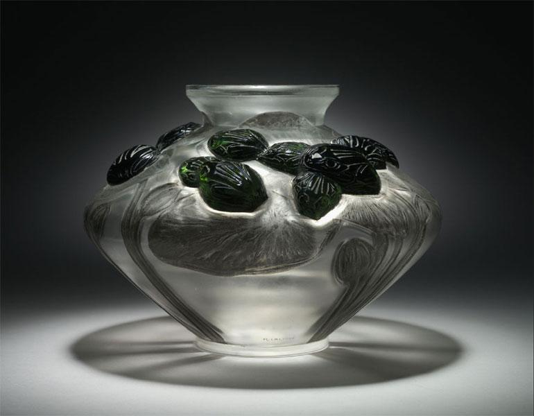 Vase Grenouilles et Nenouphars (Frogs and Lilypads), 1909–1912. René Lalique (French, 1860–1945). Molded and applied glass. The Cleveland Museum of Art, John L. Severance Fund, 2007.180 © Artists Rights Society (ARS), New York/ADAGP, Paris