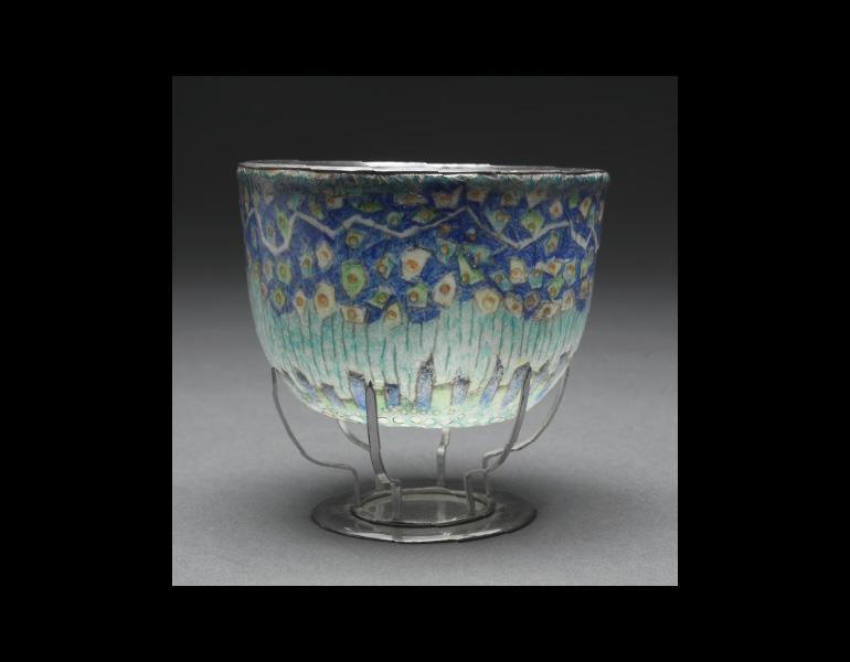 Perpetual Vine, 1965. Kenneth F. Bates (American, 1904–1994). Plique-à-jour, silver; 7.6 x 9.9 cm. Bequest of Marie Odenkirk Clark 1972.1195.a–b © Kenneth F. Bates