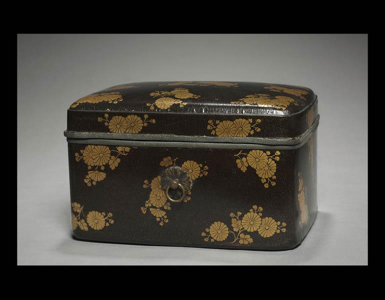 Box with Chrysanthemum Design, about 1300–1333. Japan, late Kamakura period. Lacquer on wood; 17.6 x 27.4 x 21 cm. John L. Severance Fund 1963.513