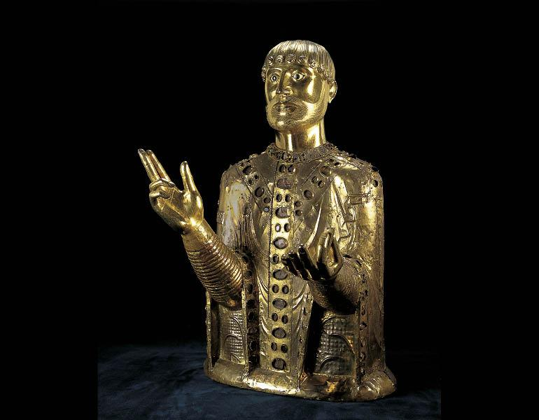 Reliquary Bust of Saint Baudime, mid-1100s. French (Auvergne). Copper gilt over walnut core, ivory, and horn; 73 x 43 x 46 cm. Mairie de Saint-Nectaire, France MH 1897/0127. © Francis DEBAISIEUX, France