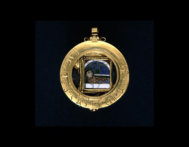 Reliquary Pendant of Saint Demetrios with Saint George, 1100s/1200s. Byzantine (Thessalonike?). Gold, silver, silver gilt, enamel; diam. 3.8 cm. The British Museum, London PE 1926,0409.1. © The Trustees of the British Museum