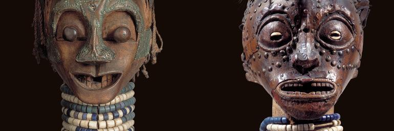 Male figure (detail). Songye, D.R.C. Wood, horn, metal, beads, fiber, pelts, snake skin; h. 90.5 cm. Ethnographic Museum, Antwerp [Bequest of Paul Osterrieth, 1940] (AE 1940.1.47). Male figure (detail). Songye, D.R.C. Wood, metal, cowries, horns, pelts, pangolin skin, beads; h. 121.3 cm. Private collection. Photo: © Ethnographic Museum, Antwerp Michel Wuyts