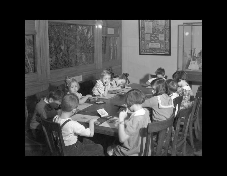 Saturday Morning class in Children's Museum, 1935. IML 962270