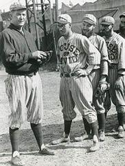 Hall of Fame pitcher Grover Cleveland Alexander and the House of David team.