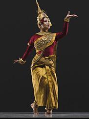 Charya Burt Cambodian Classical Dance. Photo credit: RJ Muna, 2018